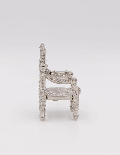 """Silla (19002) - 6,50cm x 3,20cm - 52gr <a href=""""https://vanrellsl.com/contacto/"""">Personalizar</a>"""