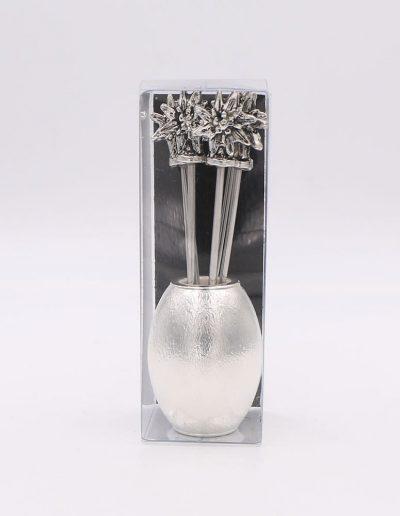 551P324N Oval con 6 pinchos flor Edelweiss (Plata - Caja plástico - Cartón negro)